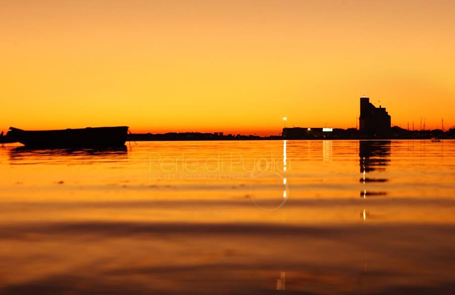 tramonto sul mare di Torre San Giovanni