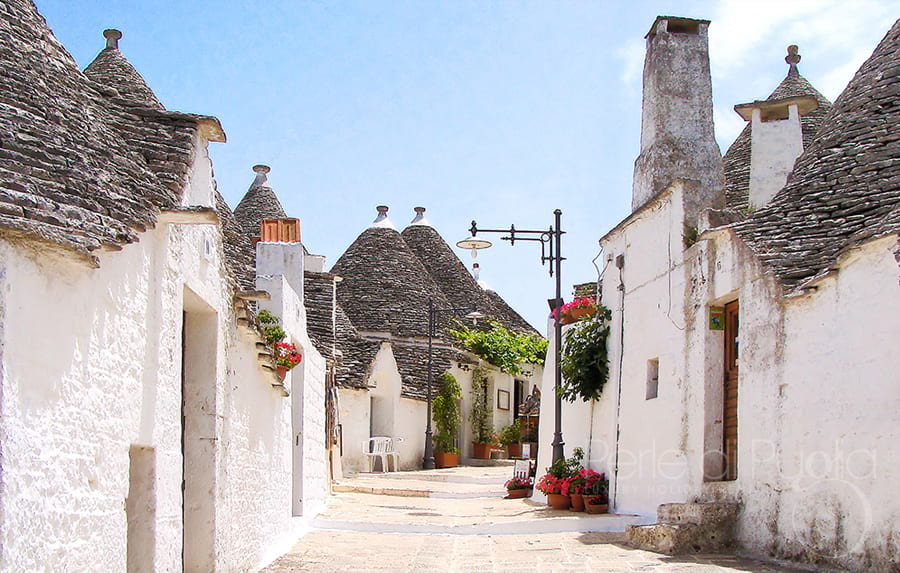 I Dire Straits tra i trulli di Alberobello e Festivarts