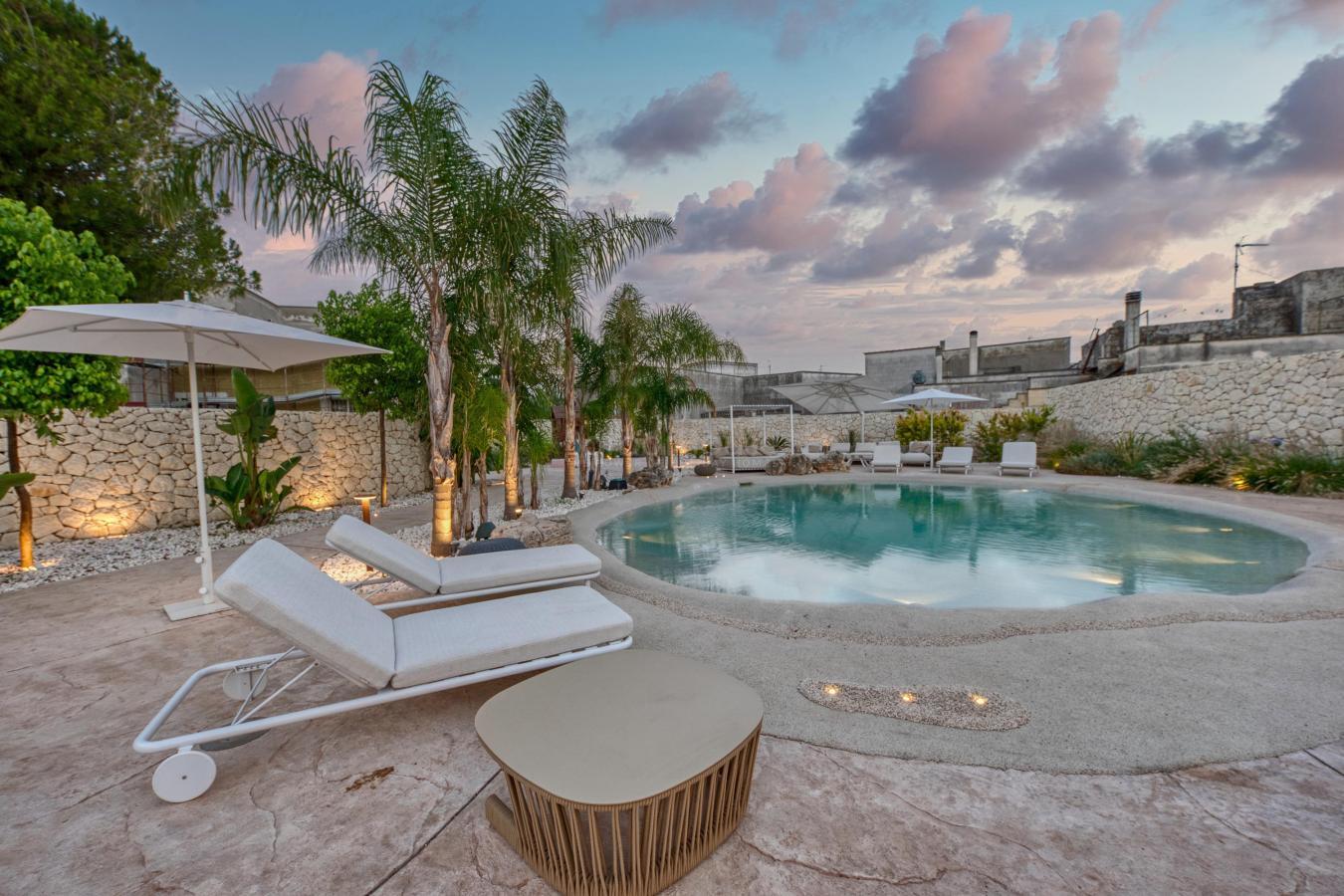 Villa con piscina a castrignano dei greci vicino otranto - Villa dei sogni piscina ...