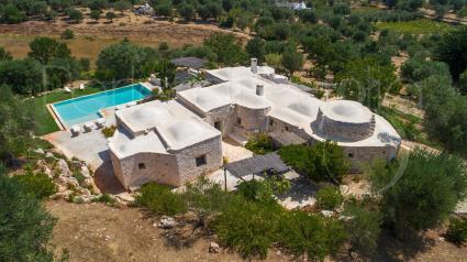 La bellissima masseria oggi è una villa di prestigio con tutti i comfort, per vacanze da sogno in Puglia