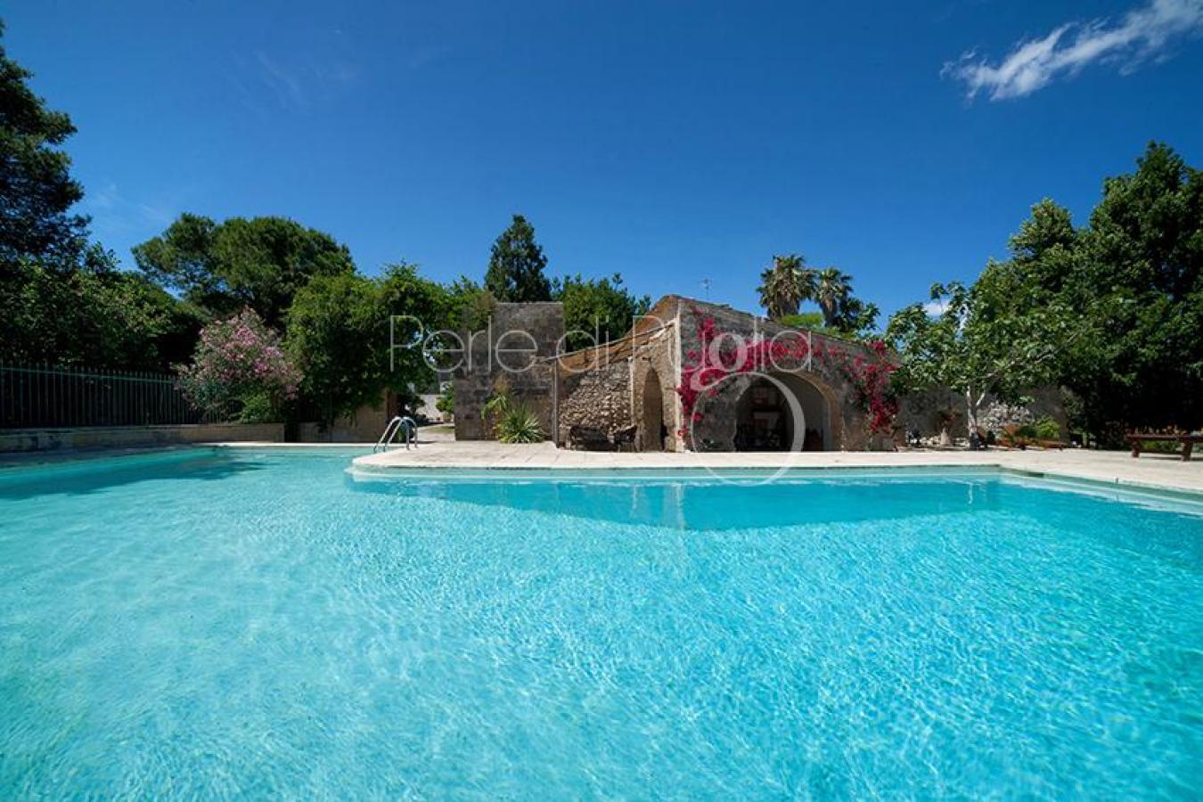 Masseria con piscina a lecce in affitto masseria le capase - Masseria in puglia con piscina ...