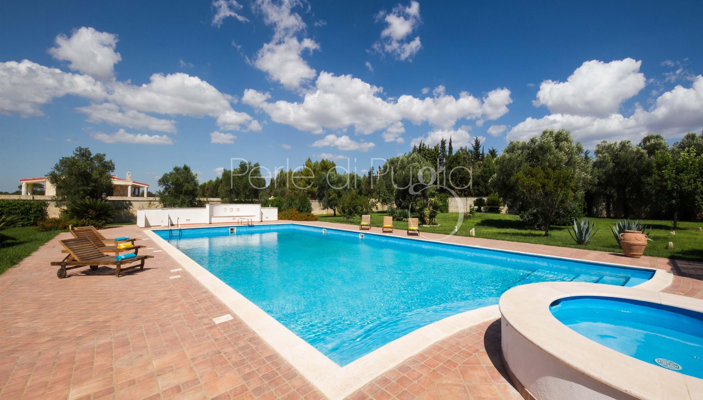 Location villa avec piscine lecce le macchie - Piscine a lecce ...