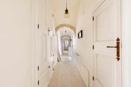 Masseria con piscina in affitto a ugento masseria cucuruzza - Masseria in puglia con piscina ...