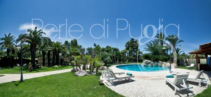 The pool, solarium and exteriors are shared with the owners