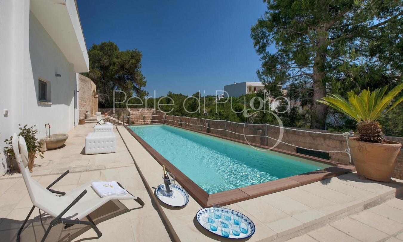 Villa storica con piscina vista mare a santa maria di - Villa con piscina santa maria di leuca ...