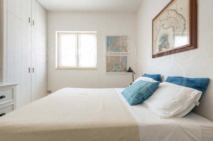 La zona notte è formata da 5 camere da letto e 5 bagni