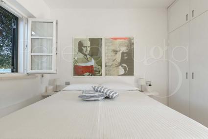 La quinta camera da letto è una matrimoniale e si trova in suite indipendente