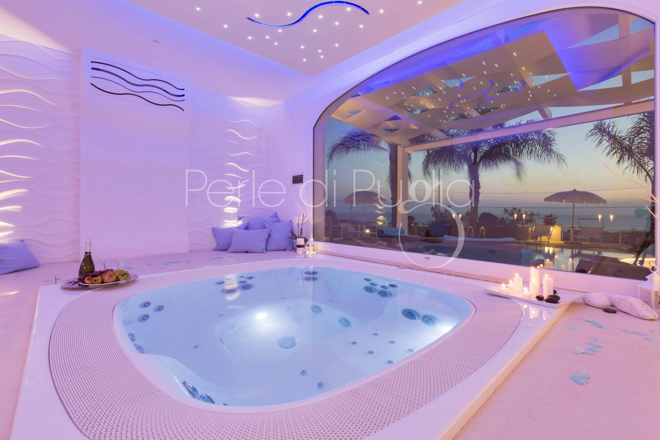 Villa with pool and jacuzzi with sea view for your dream vacations ...