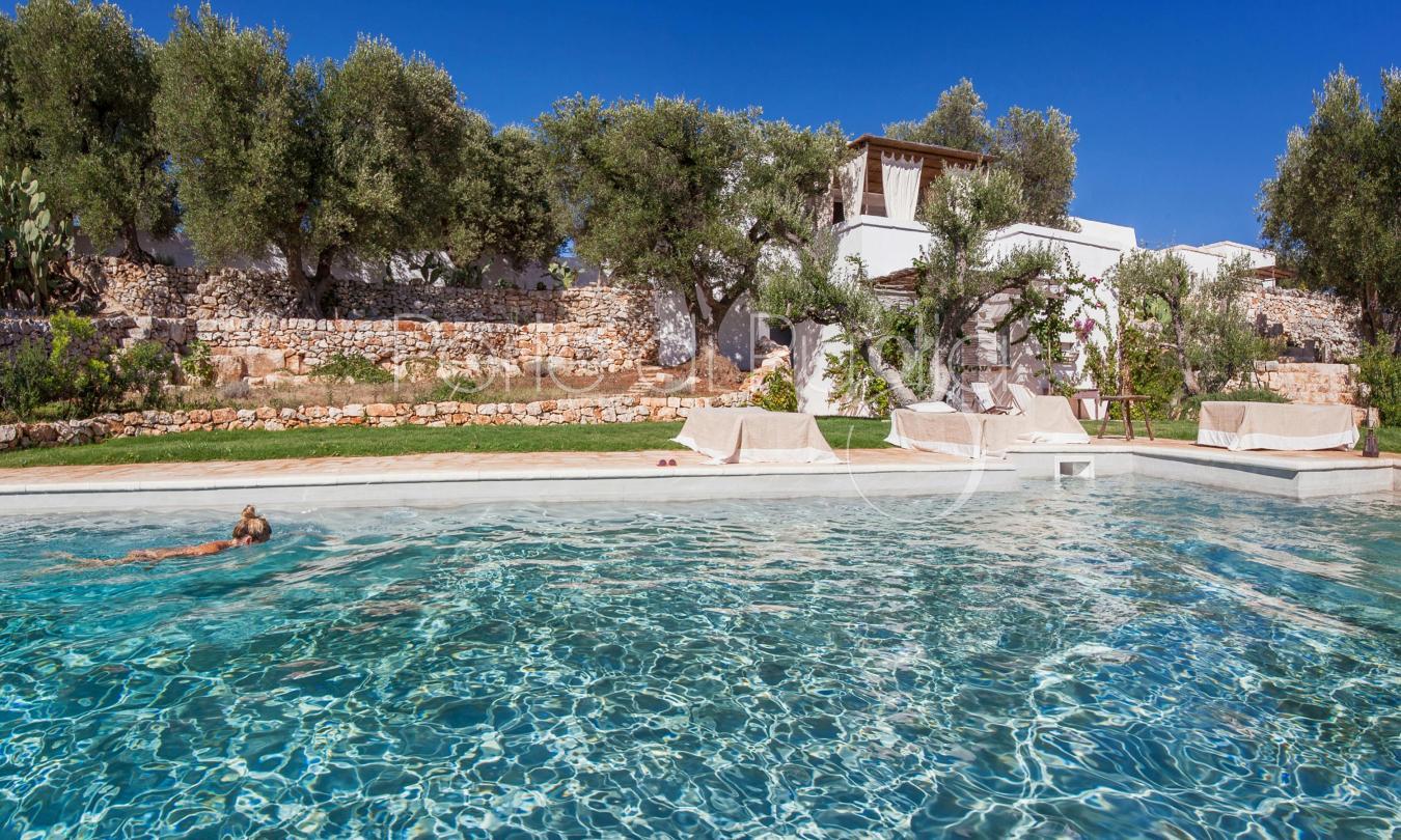 Casa di charme con piscina a ostuni trullo della volpe for Piani di progettazione della piscina