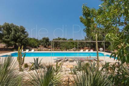 Villa vacanze con piscina a pochi minuti dalle spiagge. Fino a 12 persone