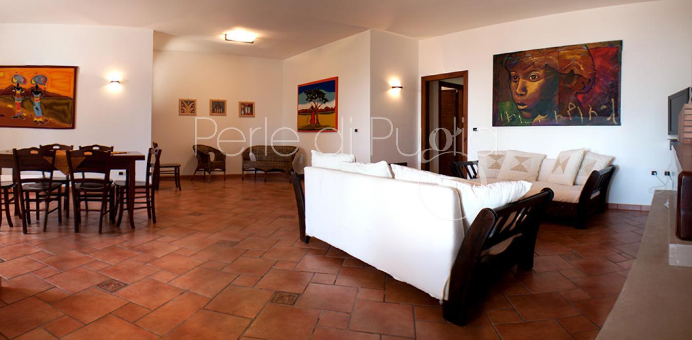 Affitto Villa di lusso fronte mare a Santa Maria al bagno: Villa ...