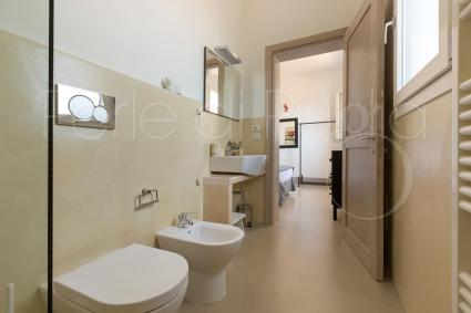 The en suite bathroom of the fourth double bedroom