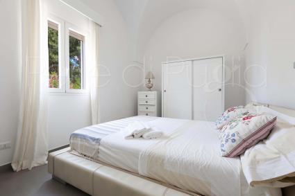 Camera oggi fornita di letto da 140 cm