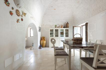 trulli e typical houses - Ostuni ( Brindisi ) - Le Site