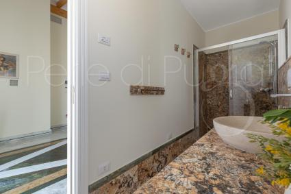 The en suite shower room of the 3 bedroom
