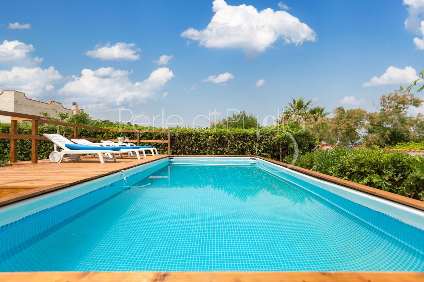 Villa vicino bari con piscina e accesso alla spiaggia - Immagini ville con piscina ...