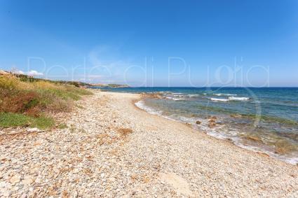La spiaggetta si trova a pochi passi dalla casa vacanze