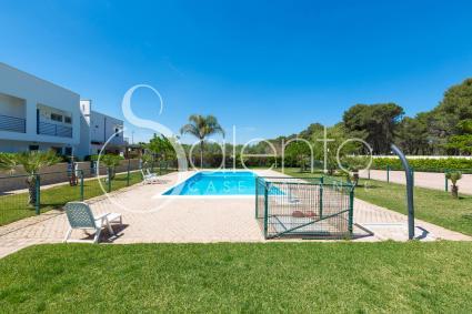 Casa vacanze con piscina vicino alla spiaggia di torre for Disposizione della casa aperta