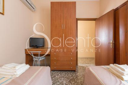 Camera doppia con tv, aria condizionata, wi-fi e bagno privato