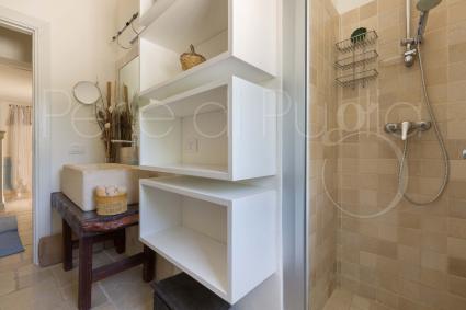Il secondo bagno doccia, curato sin nei dettagli
