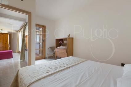 La seconda delle camere da letto matrimoniali per vacanze lusso in Puglia