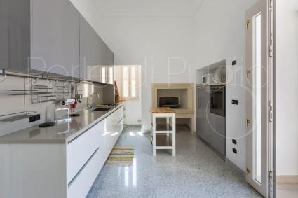 The kitchen, beautiful and super-equipped, to cook with pleasure