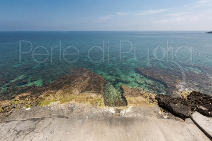 The sea in front of the villa for holidays in Puglia