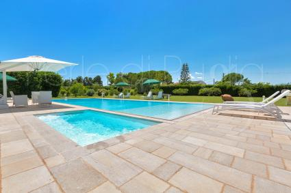 The beautiful pool of the luxury villa in Otranto