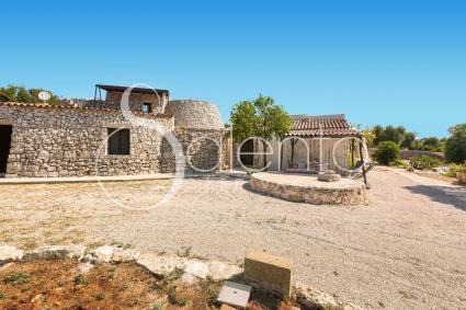trulli e case tipiche - Torre Vado ( Leuca ) - Trulli le Scalelle