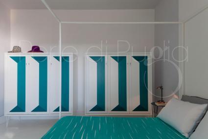 Tutte le camere hanno mobilia in legno, biancheria e tappezzeria coordinate