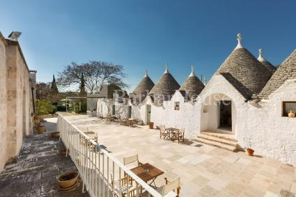 All trulli are equipped with air conditioning, wi-fi internet and bathroom