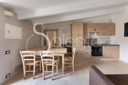 Zona living con cucina a vista