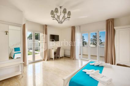 Suite Deluxe Matrimoniale 102 -Room for two to spend a holiday in Porto Cesareo