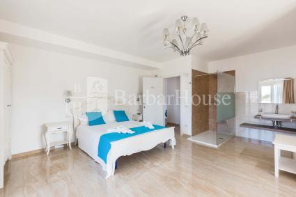 Suite Deluxe Matrimoniale 102 -Splendid exposed shower in the room