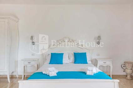 Suite Deluxe Matrimoniale 101 -With air conditioning, a TV, a fridge and a safe