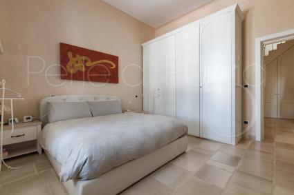 The sleeping area consists of 3 double bedrooms with tv and air conditioning