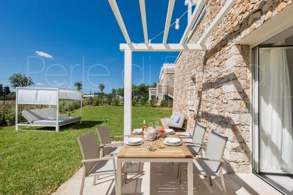 Trulli - Salve ( Leuca ) - Luxusapartments mit Garten | Perla Saracena Luxury Suites