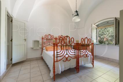 La prima camera matrimoniale con bagno e doccia a vista