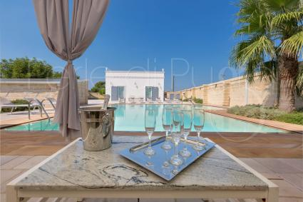 Villa with pool for holidays in Apulia