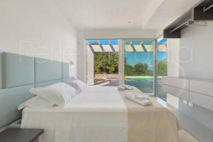 La zona notte è formata da 3 camere da letto