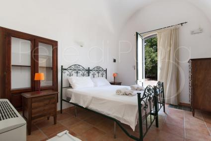 The fifth bedroom of the villa with swimming pool for rent in Salento