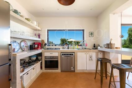 Super-equipped kitchen