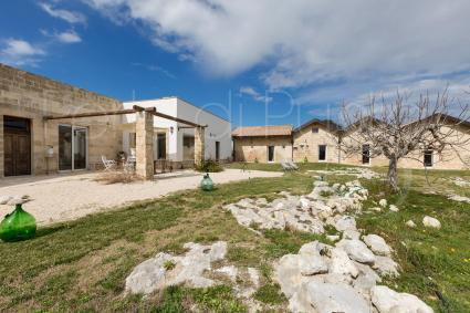 You can experience the rural atmosphere of Salento