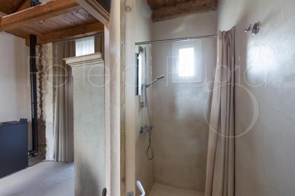 Alcuni bagni hanno la doccia, altri invece la vasca