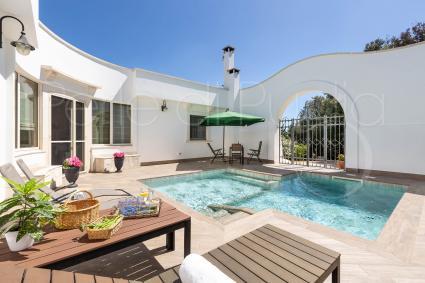 Villa super accessoriata con 12 posti letto: vacanze lusso in Puglia