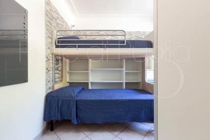 Seconda camera da letto con letti a castello