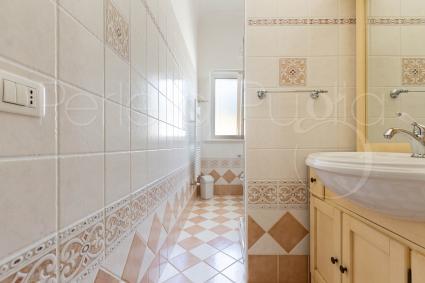 Quarto bagno, con doccia