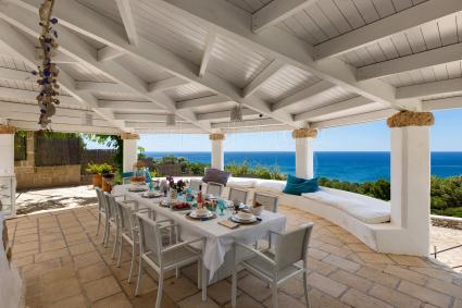 Lunch or dinner outside with this amazing view will make your holidays in Apulia unique