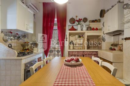 La seconda cucina interna della villa