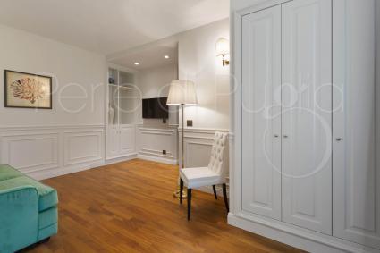 Al primo piano sono presenti 4 suite con bagno privato La Suite n.6